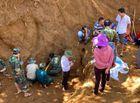 Tin trong nước - Tìm thấy hố chôn tập thể 17 chiến sĩ đặc công ở sân bay