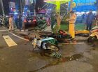Tin trong nước - TP.HCM: Nữ tài xế lái Camry tông hàng loạt xe máy chờ đèn đỏ, nhiều người bị thương