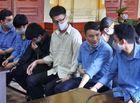 """An ninh - Hình sự - Xét xử vụ Tôn Nữ Thị Huyền mua bán bộ phận cơ thể người: """"Bà trùm"""" khóc lóc tại tòa"""