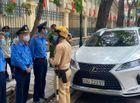 Tin trong nước - Lộ danh tính tài xế xe Lexus đỗ xe sai quy định còn thách thức tổ liên ngành ở Hà Nội