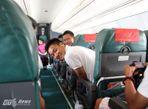 Cận cảnh chuyên cơ chở U19 Việt Nam - Ảnh thứ 8