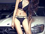 """Mercedes-Benz C63 AMG """"chết lặng"""" bên chân dài diện bikini - Ảnh số 5"""
