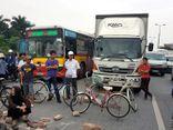 Vụ dân chặn xe: Đã kiến nghị xây cầu vượt nhưng chưa được chấp thuận
