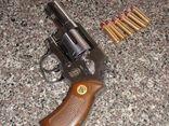 Khống chế kẻ rút súng bắn con nợ vì không đòi được 7 triệu đồng