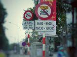 Từ hôm nay, Hà Nội cấm xe Uber và Grab theo giờ trên 13 tuyến phố