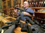 Bộ giáo dục Mỹ cân nhắc việc cấp tiền mua súng cho giáo viên