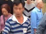 Say rượu bế trẻ lạ đi chơi, người đàn ông bị dân đòi vây đánh vì nghi bắt cóc trẻ em