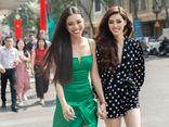 Hai người đẹp Khánh Vân, Kim Duyên sải bước trên phố khoe nhan sắc quyến rũ hút hồn