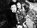 Con trai riêng của chồng Triệu Vy nhận nhiều lời khen trong lần đầu lộ mặt