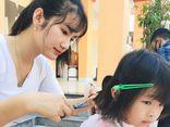 Ấm lòng tiệm cắt tóc 0 đồng của cô gái 9x xinh đẹp ở Hà Tĩnh