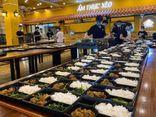 Nhiều đầu bếp ở Đà Nẵng chung tay nấu suất ăn gửi lực lượng chống dịch COVID-19