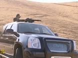 Video: Tổng thống Turkmenistan trổ tài thiện xạ bằng minigun trên hoang mạc