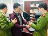 Hiệu trưởng chiếm đoạt tiền của học sinh, giáo viên ở Tuyên Quang là người thế nào?