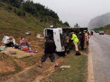 Tin tai nạn giao thông ngày 22/3/2020: Ô tô lao xuống rãnh thoát nước rồi lật ngang, 1 người chết