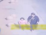 Thủ pháp xảo trá, tinh ranh của kẻ bắt cóc khiến bố mẹ hốt hoảng khi tìm lại được con gái