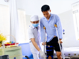 CLB Hà Nội nói gì về việc Hoàng Thịnh bồi thường Hùng Dũng sau pha vào bóng gây chấn thương?