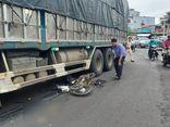Va chạm kinh hoàng với xe tải, nam sinh lớp 12 tử vong thương tâm