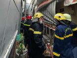 Nóng: Phát hiện 8 thi thể trong căn nhà bốc cháy ở TP.HCM