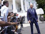 Tổng thống Mỹ bất ngờ tố mạng xã hội
