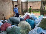 Phát hiện cơ sở tái chế hơn 1 tấn khẩu trang để bán ra thị trường