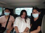 Con dâu mới cưới tố hành vi đáng lên án của bố chồng, ngờ đâu cô mới là người bị cảnh sát bắt