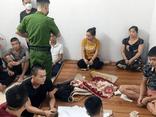 Đột kích tụ điểm đánh bạc ở Nghệ An, thu giữ 700 triệu đồng và nhiều tang vật