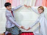 Cặp đôi đặt quan tài ngay giữa lễ cưới khiến khách mời hoảng hốt, câu chuyện phía sau lại gây xúc động mạnh