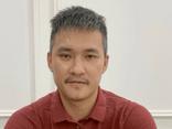 Công Vinh livestream tuyên bố cho bà Phương Hằng chứng minh Thủy Tiên ăn chặn 320 tỷ đồng