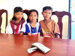 3 học sinh tiểu học trả lại 42 triệu đồng nhặt được có hoàn cảnh khó khăn