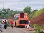Tin tức tai nạn giao thông ngày 14/6: Đâm trực diện xe khách, người phụ nữ tử vong
