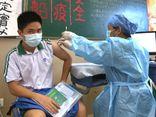 Trung Quốc đẩy mạnh tiêm chủng cho thanh thiếu niên sau khi bùng phát ổ dịch COVID-19 mới