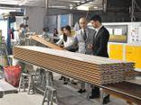 Xã hội - Gỗ nhựa Việt Ý - Nhà máy đầu tiên sản xuất gỗ nhựa tại Việt Nam