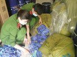 Hà Nội: Phát hiện kho chứa gần 3 tấn găng tay y tế không rõ nguồn gốc
