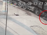 Tin tức tai nạn giao thông ngày 14/9: Xe máy bị cuốn vào gầm xe ben, nam sinh tử vong tại chỗ