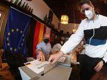 Bầu cử Đức: Đảng của bà Angela Merkel đang thua sát nút