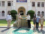 Vinamilk & công ty con tại Campuchia hỗ trợ sữa cho người dân và trẻ em nước bạn chống Covid-19