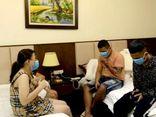 Nghệ An: Bắt quả tang 4 thanh thiếu niên bay lắc trong khách sạn