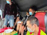 Bắt quả tang 7 tài xế rủ nhau sử dụng ma túy trong cabin xe tải ở nơi lưu trú phòng dịch