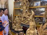 Hoài Linh xứng danh đại gia ngầm của showbiz Việt: Xây nhà thờ tổ trăm tỷ, dạy Đàm Vĩnh Hưng chơi kim cương