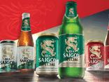 Tỷ phú Thái Lan bán bia lãi đậm trong mùa dịch