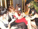 Bình Dương: 95 người đi hát karaoke giữa mùa dịch COVID-19