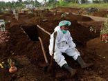 Indonesia: Ca nhiễm COVID-19 tăng mạnh, tình nguyện viên hỗ trợ đóng quan tài