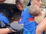 Em bé 3 tháng tuổi sống sót thần kỳ sau khi bị chôn vùi trong đống đổ nát 1 ngày 1 đêm