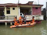 Ấn Độ: Lũ lụt nghiêm trọng ở sông Hằng, hàng nghìn người bị mắc kẹt