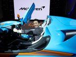 Ôtô - Xe máy - Đại gia Minh Nhựa xuất hiện cùng siêu xe trăm tỷ McLaren Elva