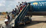 Máy bay Vietnam Airlines gặp sự cố, phải hạ cánh xuống Tân Sơn Nhất