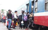 """""""Xé rào"""" giảm 10% giá vé tàu hỏa cho sinh viên?"""