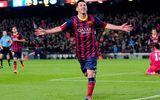 Tin bóng đá sáng 9/4: Ronaldo ghi bàn thắng thứ 300, BLĐ M.U chịu thua Van Gaal