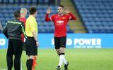 """Bị """"đày"""" xuống đội U21, Van Persie vẫn """"tịt ngòi"""""""