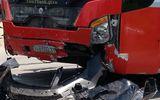 Vụ xe khách đâm nát xe con: Danh tính 5 người tử vong